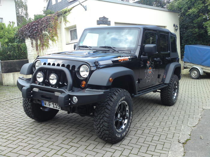 white jeep sahara with 285 70 17 related keywords white jeep sahara with 285 70 17 long tail. Black Bedroom Furniture Sets. Home Design Ideas