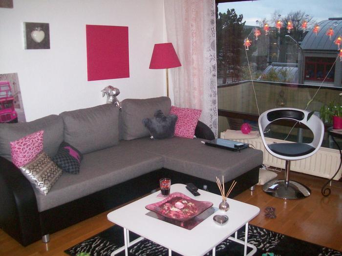 wohnideen wohnzimmer schwarz ~ raum haus mit interessanten ideen - Wohnzimmer Schwarz Pink