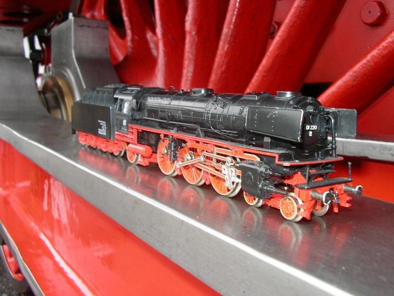 Die Baureihe 01 der DB in Gross und Klein 6194867kxm