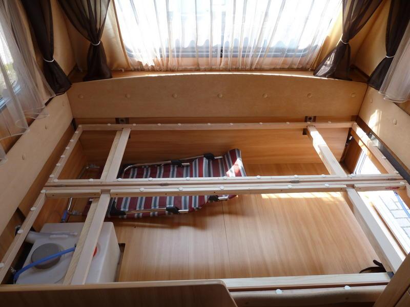 wohnwagen bett bauen die sch nsten einrichtungsideen. Black Bedroom Furniture Sets. Home Design Ideas