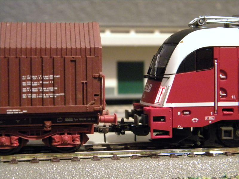 SLB-Züge und anderer Umleitungsverkehr auf der Fahrt durch Hellau 6997772mki