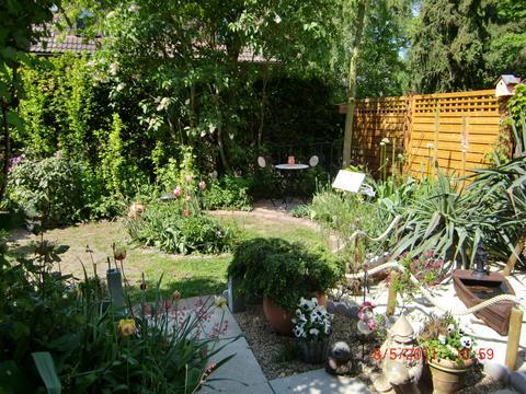 Minig rtchen 2011 teil 2 seite 110 gartengestaltung for Gartengestaltung zum nachbarn