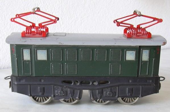 Distler Spur 0 E-Lok mit Batteriemotor 7129458uot