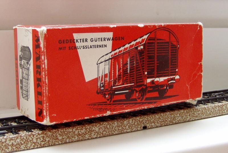 Gedeckter Güterwagen Gmh 39 der DB - Märklin #4506 7136252bxn