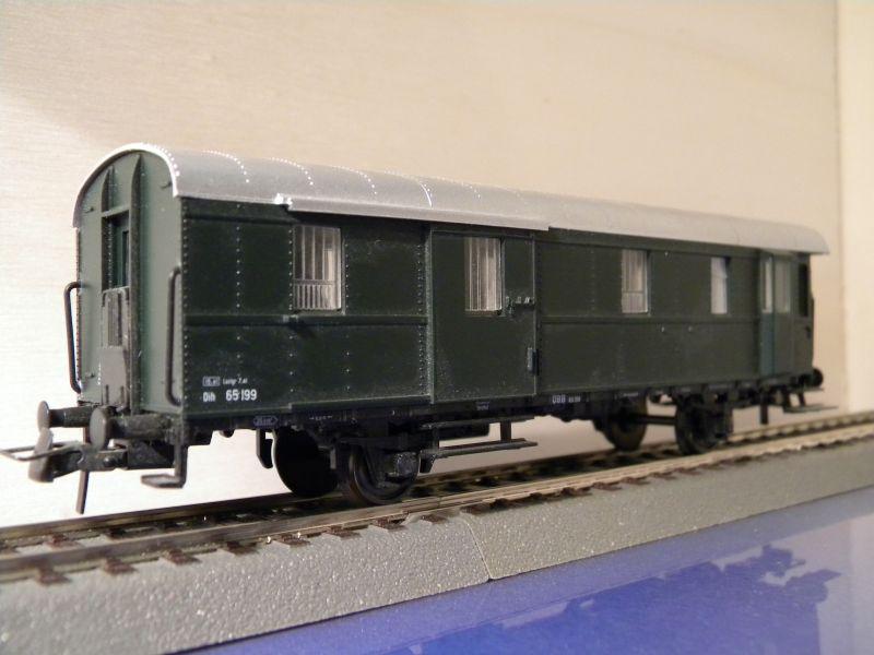 Sachsenmodelle: Donnerbüchse + Packwagen der ÖBB 7137623hrb