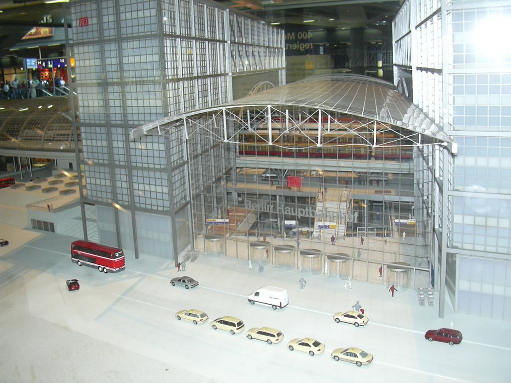 5 Jahre Hauptbahnhof Berlin 7167482mqh