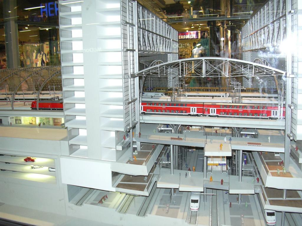 5 Jahre Hauptbahnhof Berlin 7167486hjl