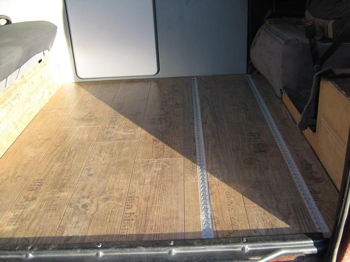 unterlage f rs laminat im bus. Black Bedroom Furniture Sets. Home Design Ideas
