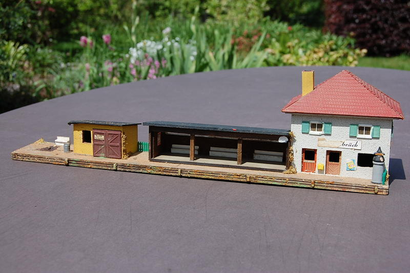 Altes Stellwerk in Holzbauweise 7230181nch