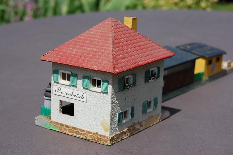 Altes Stellwerk in Holzbauweise 7230184tql