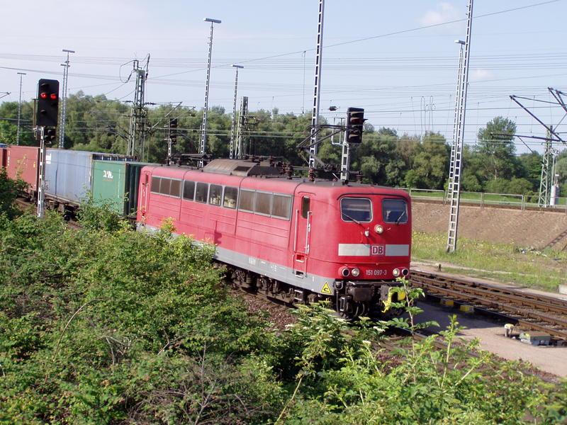 Hamburg und die Eisenbahn 7350133fdn