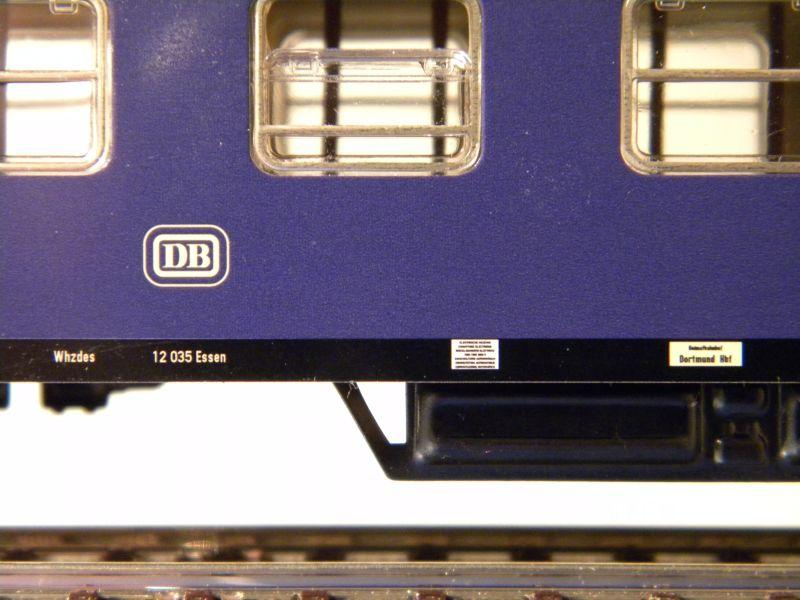 1. Klasse Wagen/grün und blau: DB 7385592szf