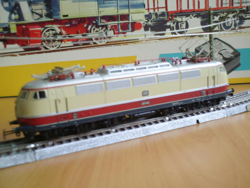 E 03 der DB (1 Lüfterreihe) 7497250sin