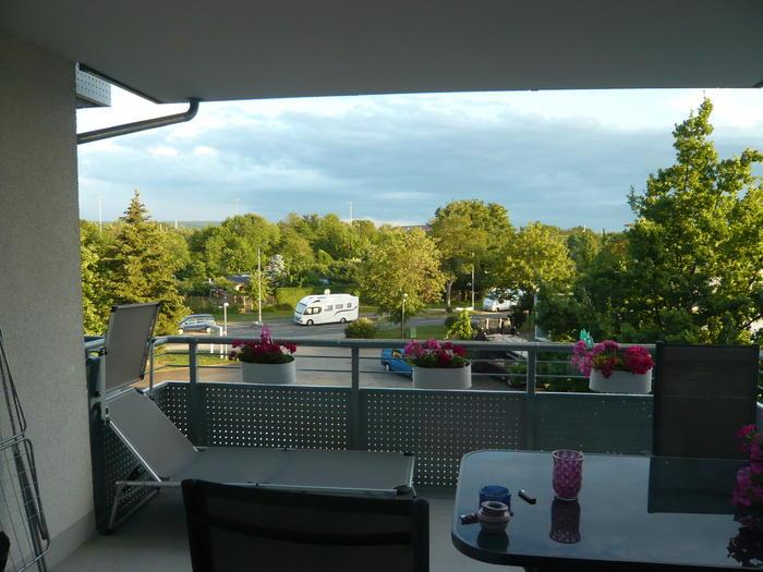 wie soll ich nur mein balkon sichern katzen forum. Black Bedroom Furniture Sets. Home Design Ideas