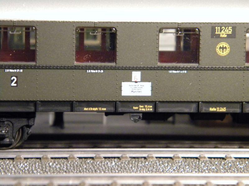 """BR03 mit Stromlinienverkleidung und """"Hechten"""" 7617413kbk"""