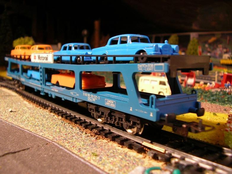 Auto- und LKW Transportwagen 7683253xuo