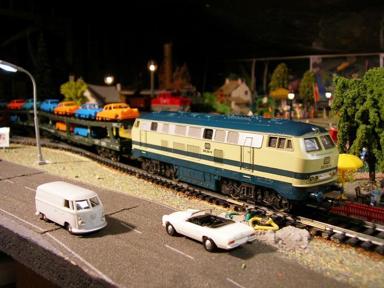 Auto- und LKW Transportwagen 7683432hux