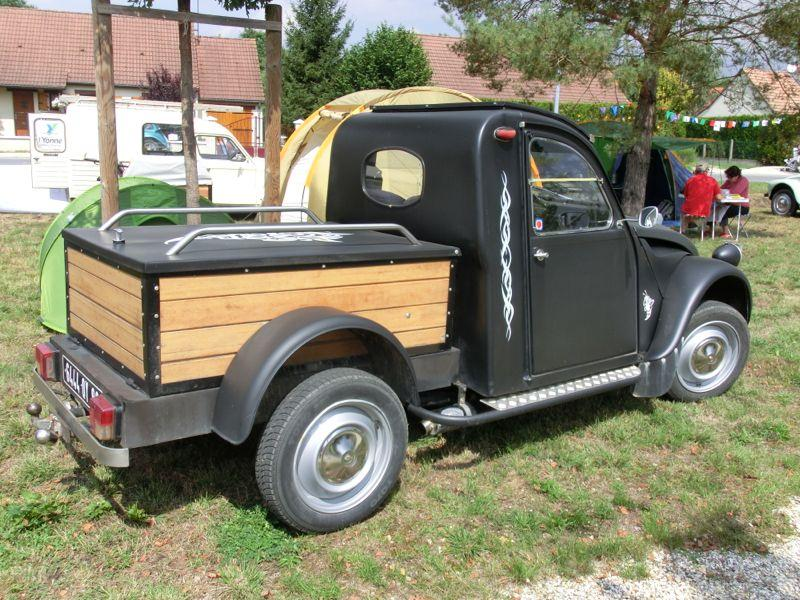 19e rencontre mondiale des amis de la 2cv. Black Bedroom Furniture Sets. Home Design Ideas