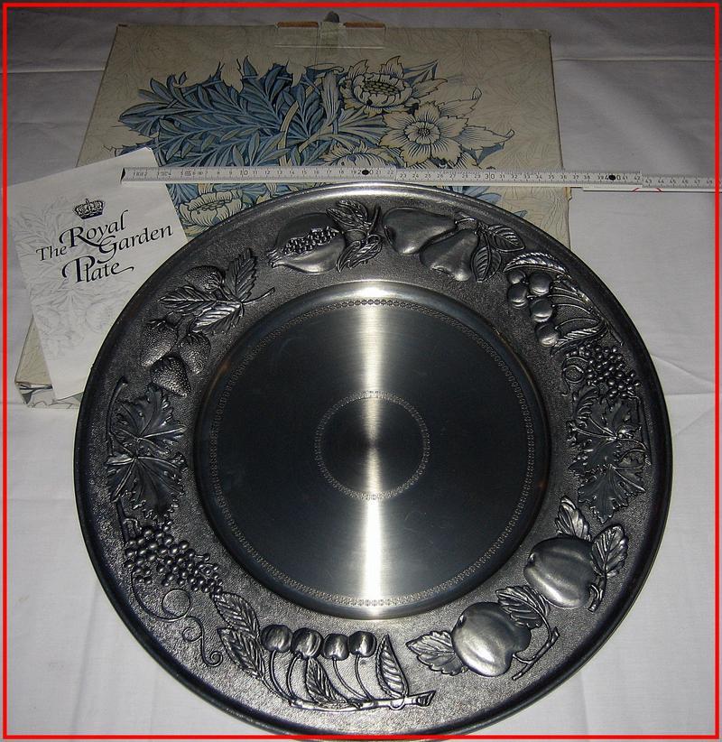 the royal garden plate berendsohn zinn ca 1 7kg ebay. Black Bedroom Furniture Sets. Home Design Ideas