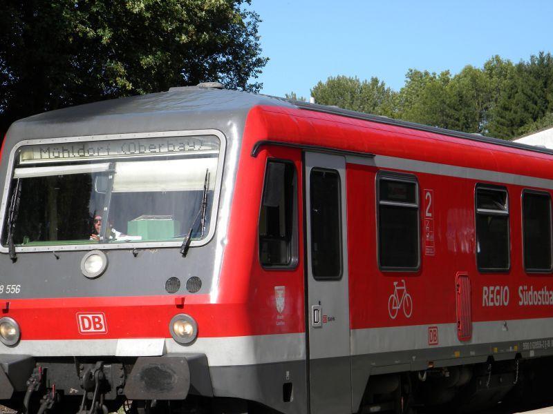 Eggenfeld Bahnhof 7964529nxj