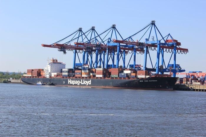 Hamburg und die Eisenbahn 8022778djw