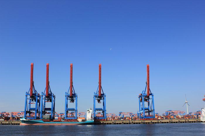 Hamburg und die Eisenbahn 8022785lmd