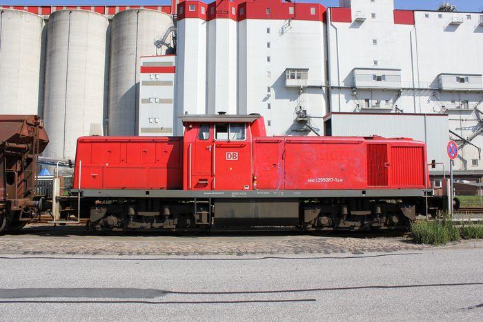 Hamburg und die Eisenbahn 8022789kdh