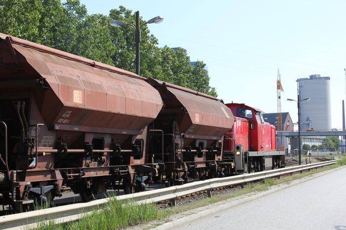 Hamburg und die Eisenbahn 8022800ens