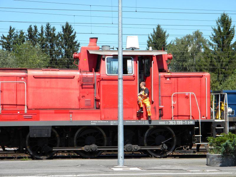 363 199-1 inkognito (?) bei Verschubarbeiten in Freilassing 8043191dbj