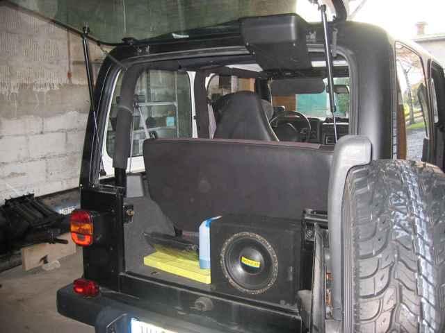 Sub Behind The Rear Seat Jeepforum Com