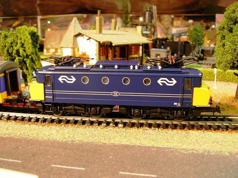NS Serie 1110 blau / gelb Betriebsnummer 1118 8309961nvq
