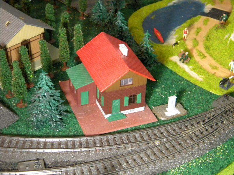 Kleiner Tunnel im Eck meiner Spielbahn 8355354kys