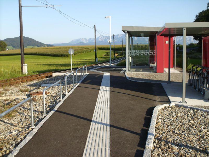 Elektrifizierte Schmalspurbahn Vöcklamarkt - Attersee (Stern & Hafferl) 8469607xqx