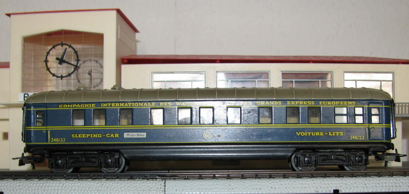 Alte Schürzenwagen im Vergleich 8488311jwz