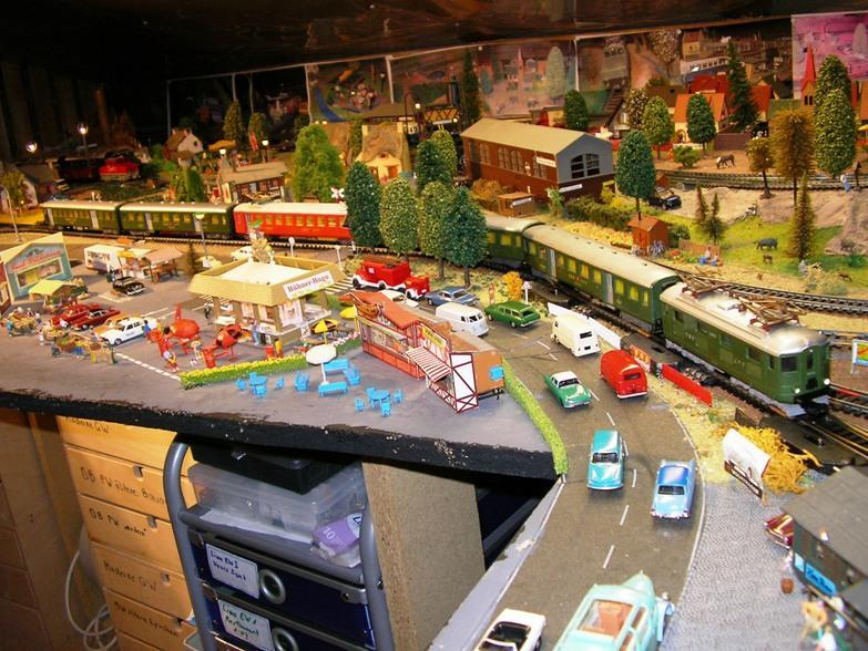 Ein Kleinbahn Nachmittag mit Modellen nach Schweizer Vorbild 8499158fwn
