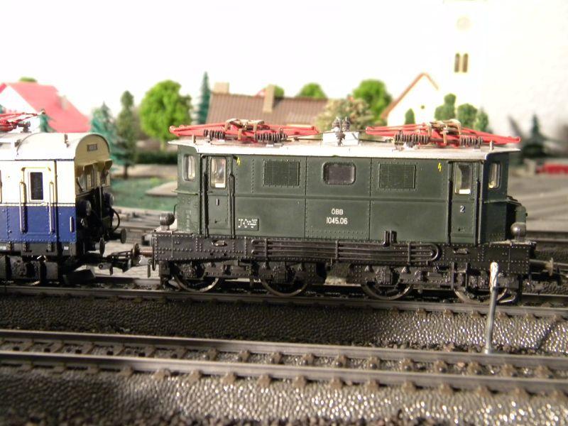 Hellau: Kleinbahnmaterial auf 3L-Gleisen von Märklin 8558404sxd