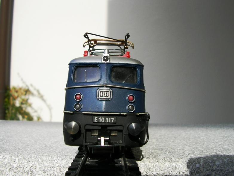 DB  E 10 317 Bügelfalte blau (Guss!) 8617244rfi