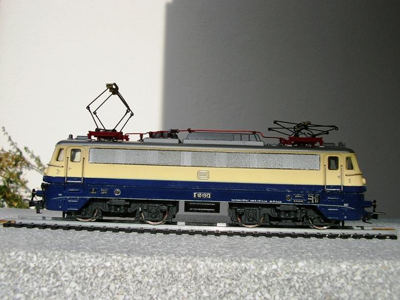 DB E 10 1312 Bügelfalte Rheingold (Guss) 8627948zkv