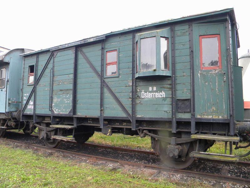 Eisenbahnmuseum Strasshof (Silberwald) - Teil III (Aussenbereich - Großteils Wagen) 8628632bwk