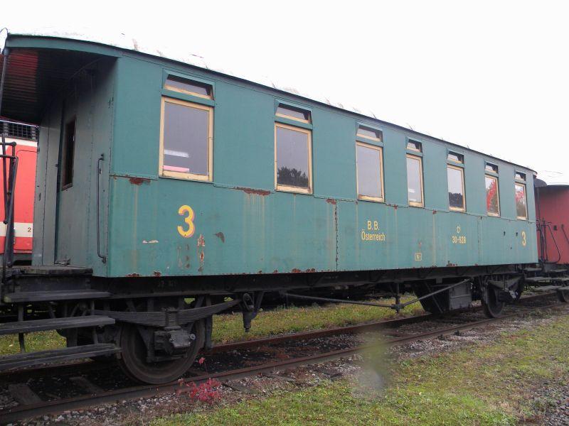 Eisenbahnmuseum Strasshof (Silberwald) - Teil III (Aussenbereich - Großteils Wagen) 8628634ivw