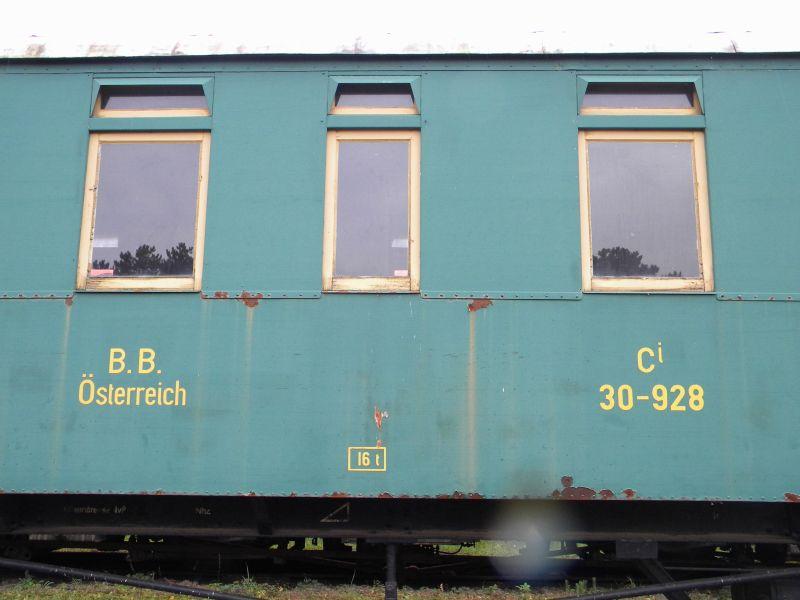 Eisenbahnmuseum Strasshof (Silberwald) - Teil III (Aussenbereich - Großteils Wagen) 8628636umt