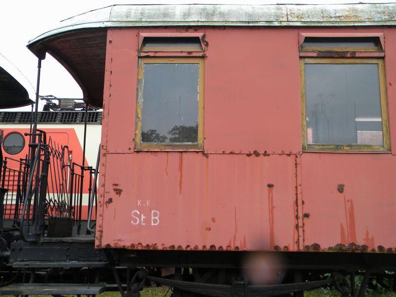 Eisenbahnmuseum Strasshof (Silberwald) - Teil III (Aussenbereich - Großteils Wagen) 8628638ykl