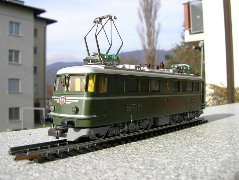 Kleinbahn Ae 6/6 11404 SBB 8855643rol