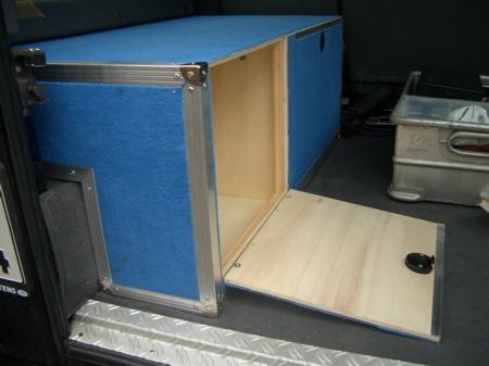 flightcase selber bauen flightcase koffer selber bauen 7mm koffer flightcase cases selber. Black Bedroom Furniture Sets. Home Design Ideas