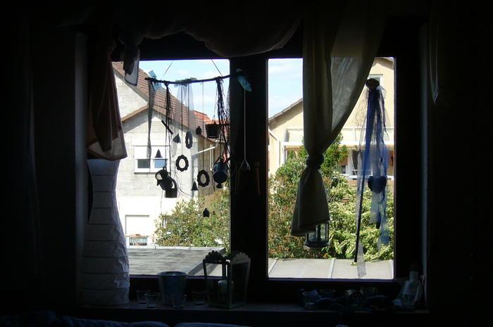 Wie habt Ihr Eure Fensterbänke dekoriert?