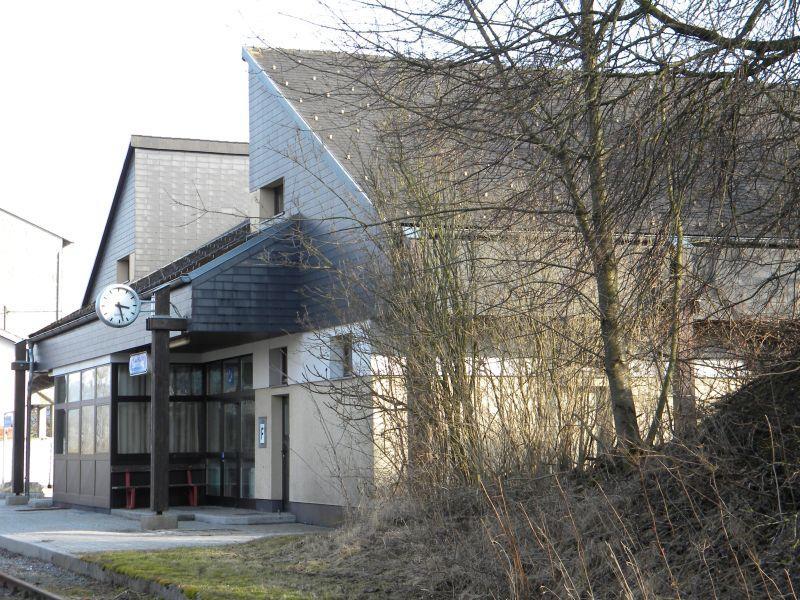 Eberschwang Bahnhof 9715942xpi