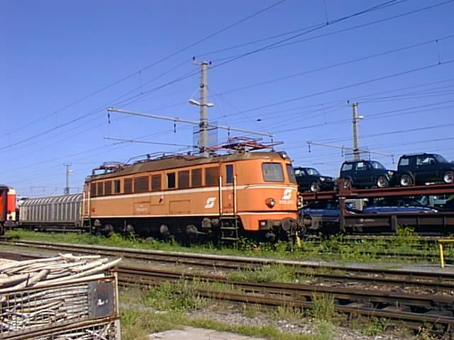 Mit dem Eilzug von Bregenz nach Linz ca. 1984 9723262cwv