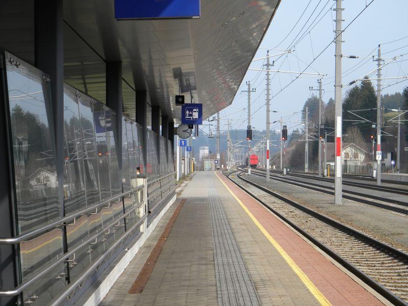 Bahnhof Frankenmarkt 9775675bgd