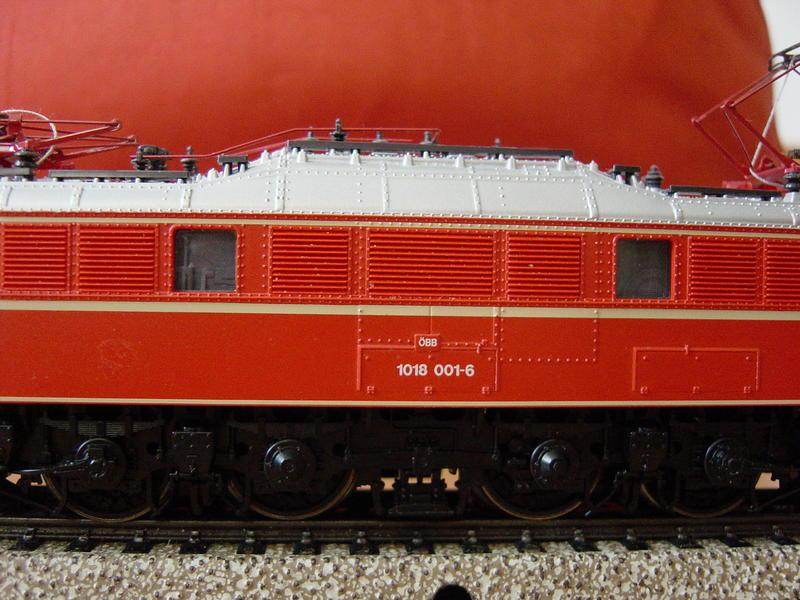 ROCO ÖBB 1018 für AC-Wechselstrom 9779196rcv