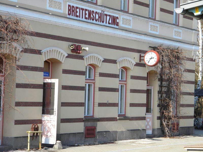 Bahnhof Breitenschützung 9783571dly